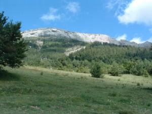 Der Felsriegel gesehen vom Campground